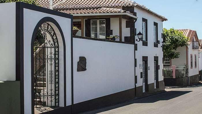 Fachada principal do Restaurante O Caneta