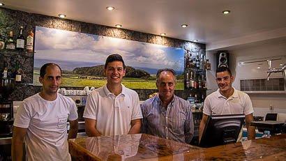 Equipa do Restaurante Caneta, Altares, Ilha Terceira, Açores